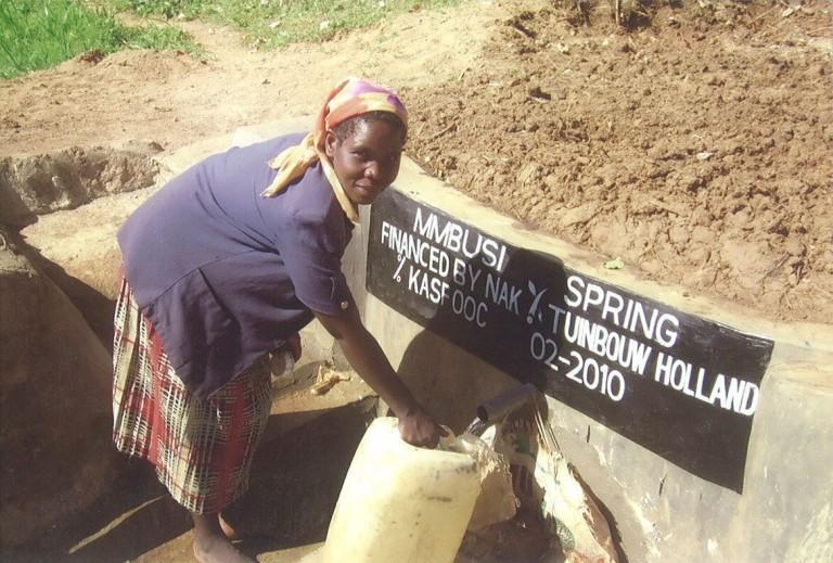 Mmbusi Spring (februari 2010)